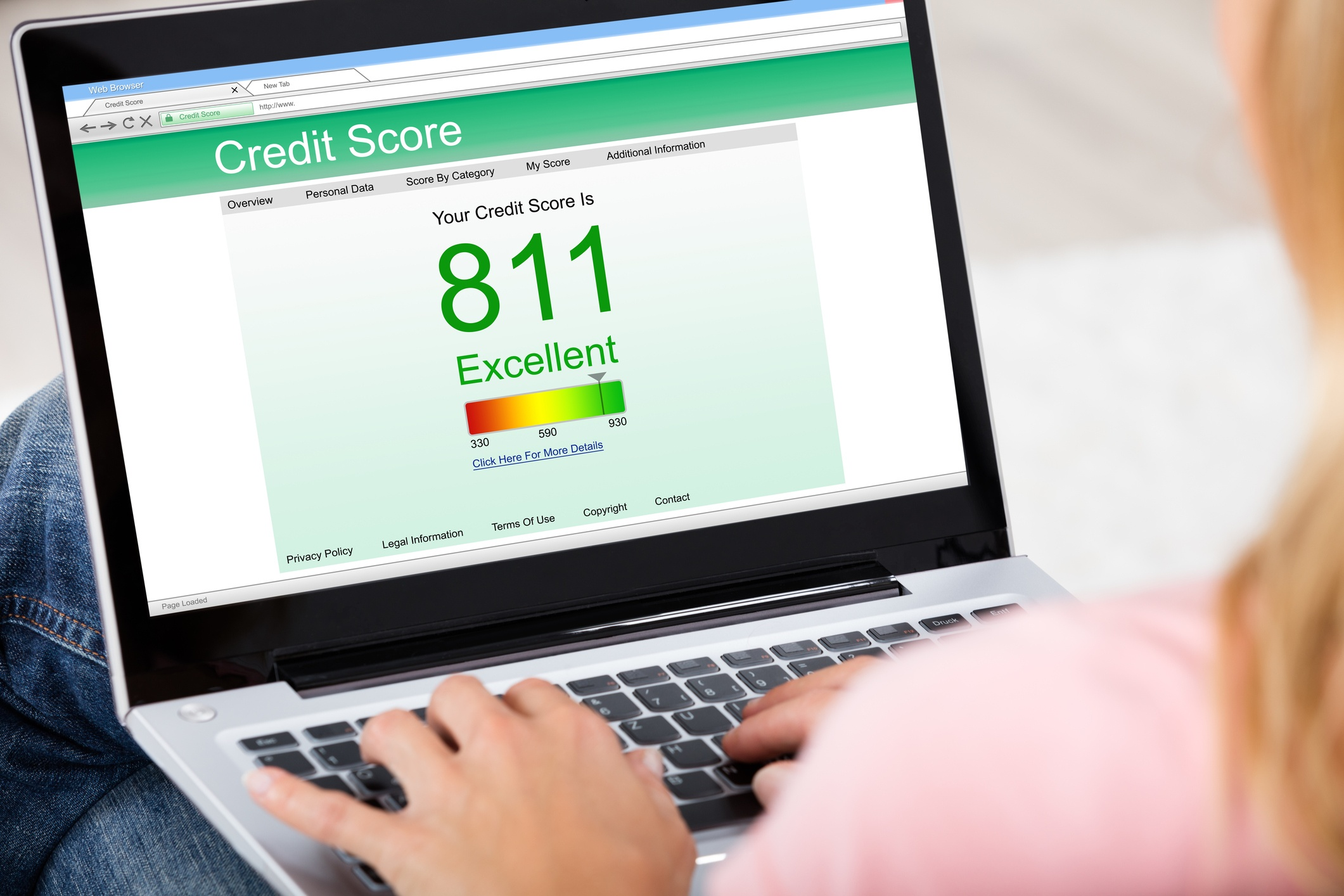 Computer screen with credit score of 811.