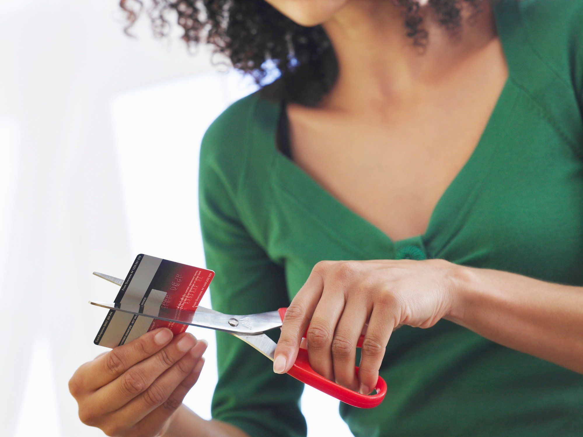 4 Reasons You Should Stop Using Your Debit Card Right Now